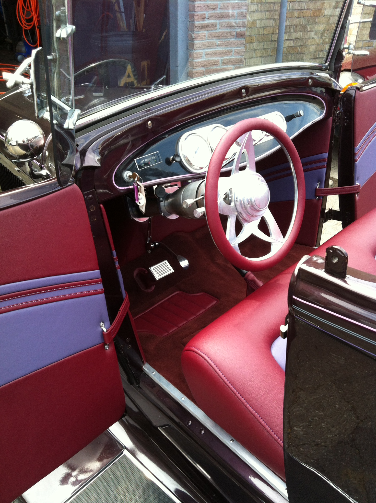Auto interior designs custom automobile interiors upholstery - Car interior design ideas ...